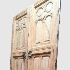 Antigüedades: PUERTA ANTIGUA EXTERIOR DE PALACETE. Lote 148039546