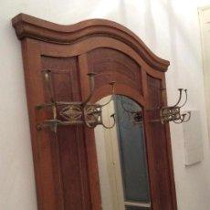 Antigüedades: MUEBLE ENTRADA PARAGUERO PERCHERO. Lote 148041994