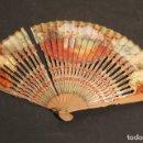 Antigüedades: ABANICO AÑOS 4O VARILLAJE PINTADO. Lote 148048466