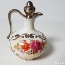 Antigüedades: PEQUEÑO JARRÓN PORCELANA PINTADO A MANO. Lote 148055662