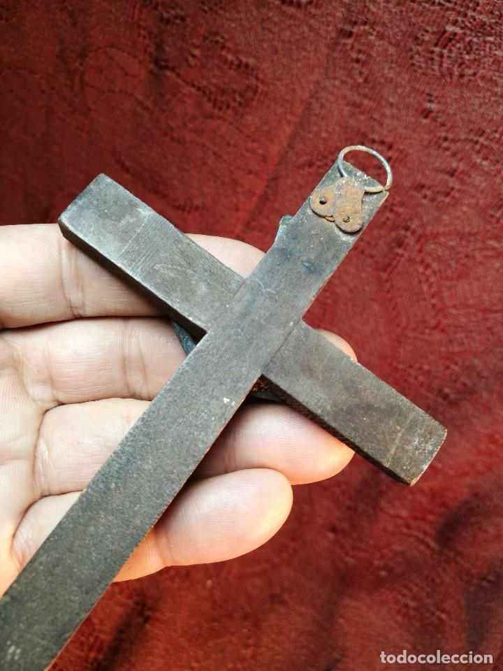 Antigüedades: CRUCIFIJO CRUZ PORTABLE SIGLO XIX madera y plata de ley 17 cm - Foto 6 - 148068894