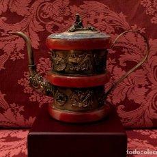 Antigüedades: TETERA DE PLATA REPUJADA, AGATA NATURAL Y CLOISONNE - 243 GRAMOS.. Lote 148070038