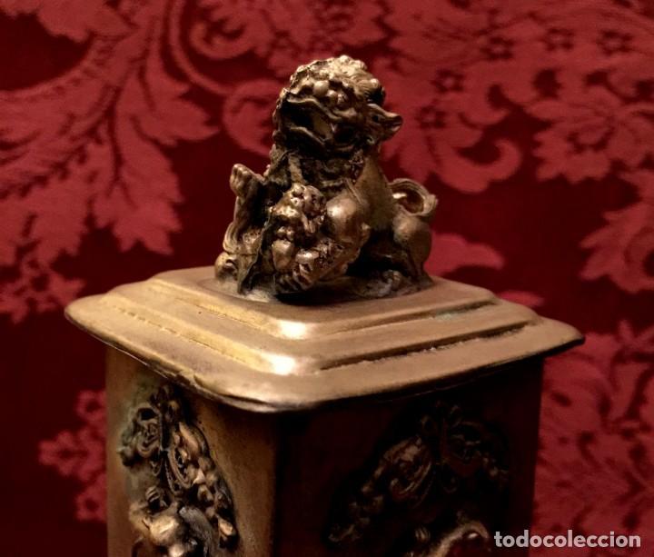 Antigüedades: CAJA CON FILIGRANA DE PLATA, LEÓN FU Y PANTERAS - 141 GRAMOS. - Foto 6 - 148072990