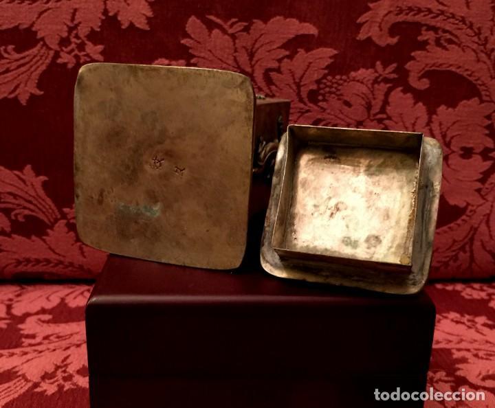 Antigüedades: CAJA CON FILIGRANA DE PLATA, LEÓN FU Y PANTERAS - 141 GRAMOS. - Foto 8 - 148072990