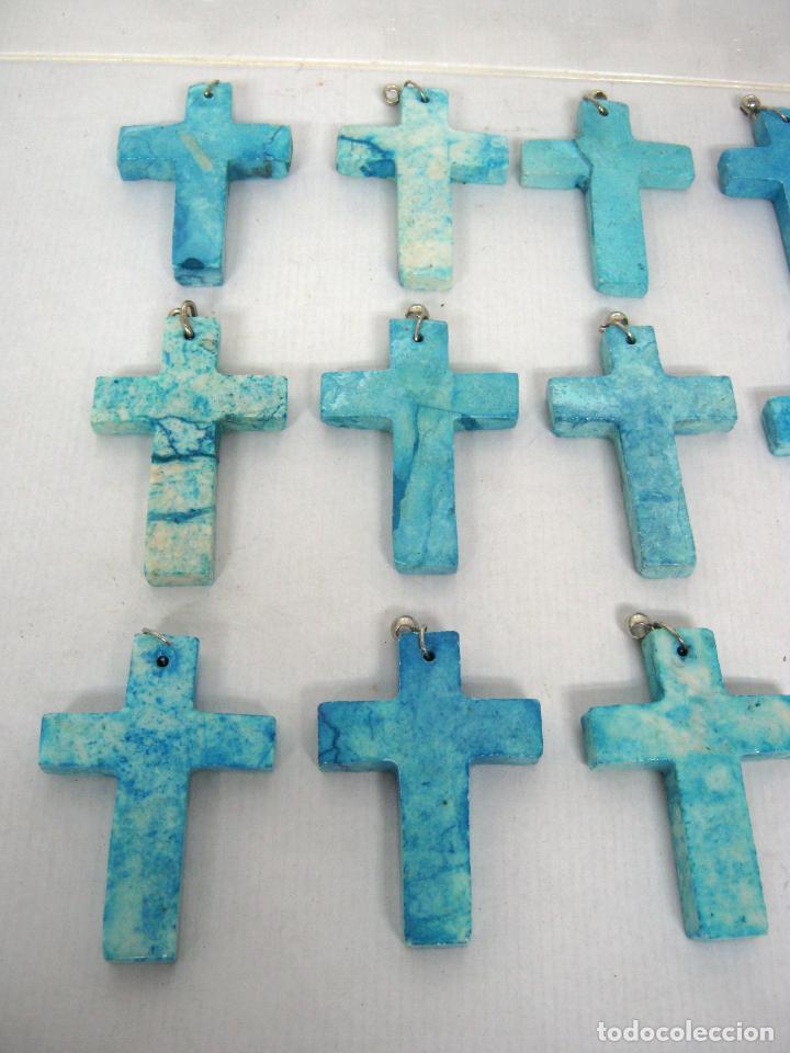Antigüedades: lote 18 Cruces de piedra pulida azul turquesa - Cruz colgante - Foto 2 - 148073282