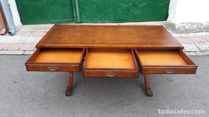 Antigüedades: Mesa de despacho antigua estilo regencia. Escritorio antiguo estilo inglés. Mueble estilo barco - Foto 13 - 148087686