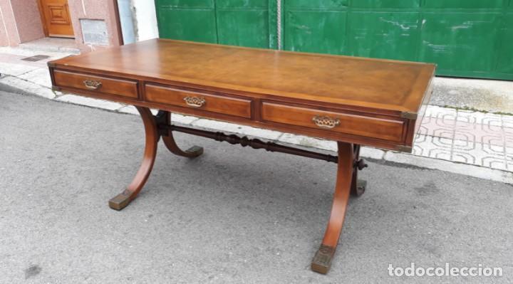 Antigüedades: Mesa de despacho antigua estilo regencia. Escritorio antiguo estilo inglés. Mueble estilo barco - Foto 14 - 148087686
