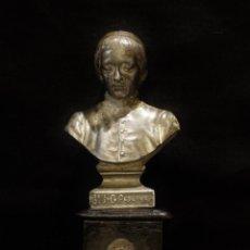 Antigüedades: RELICARIO CON EL BUSTO Y UNA RELIQUIA DE JUAN GABRIEL PERBOYRE. 16 X 6 CM. HACIA 1900.. Lote 148099798