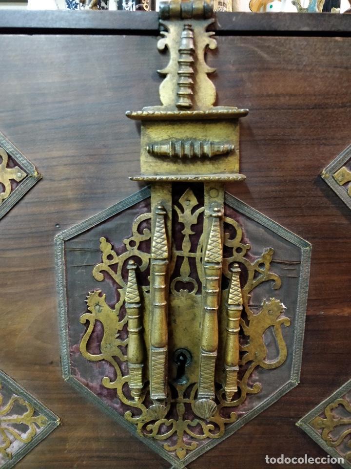 Antigüedades: Bargueño papelera Salmantino con herrería original S.XVI/XVII dos piezas. - Foto 8 - 154493005