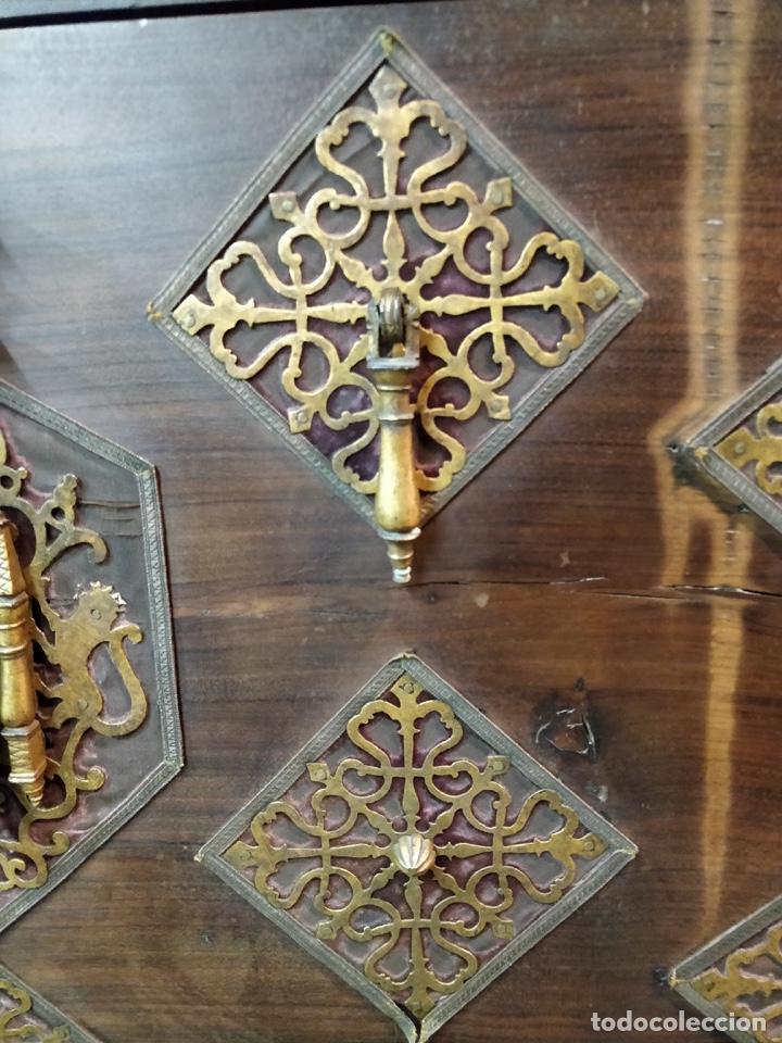 Antigüedades: Bargueño papelera Salmantino con herrería original S.XVI/XVII dos piezas. - Foto 9 - 154493005
