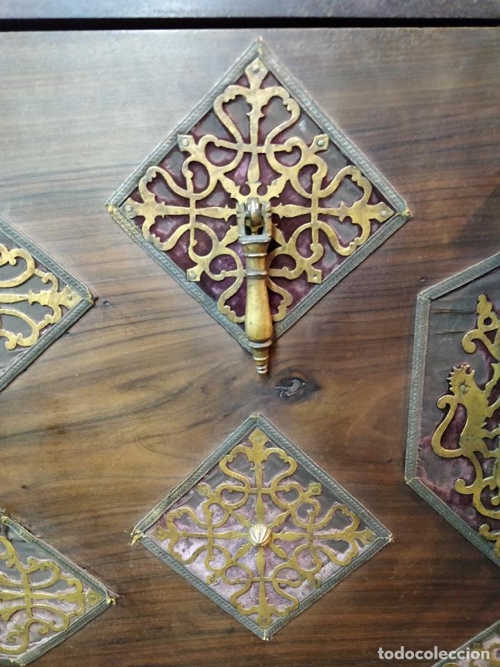 Antigüedades: Bargueño papelera Salmantino con herrería original S.XVI/XVII dos piezas. - Foto 10 - 154493005