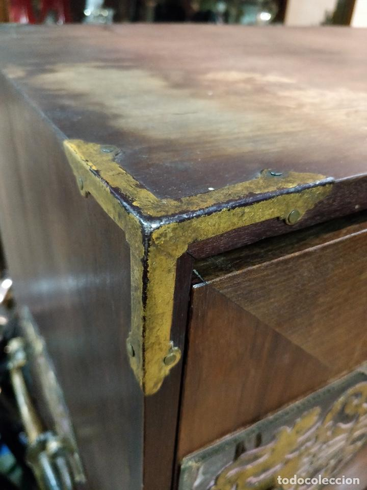Antigüedades: Bargueño papelera Salmantino con herrería original S.XVI/XVII dos piezas. - Foto 15 - 154493005