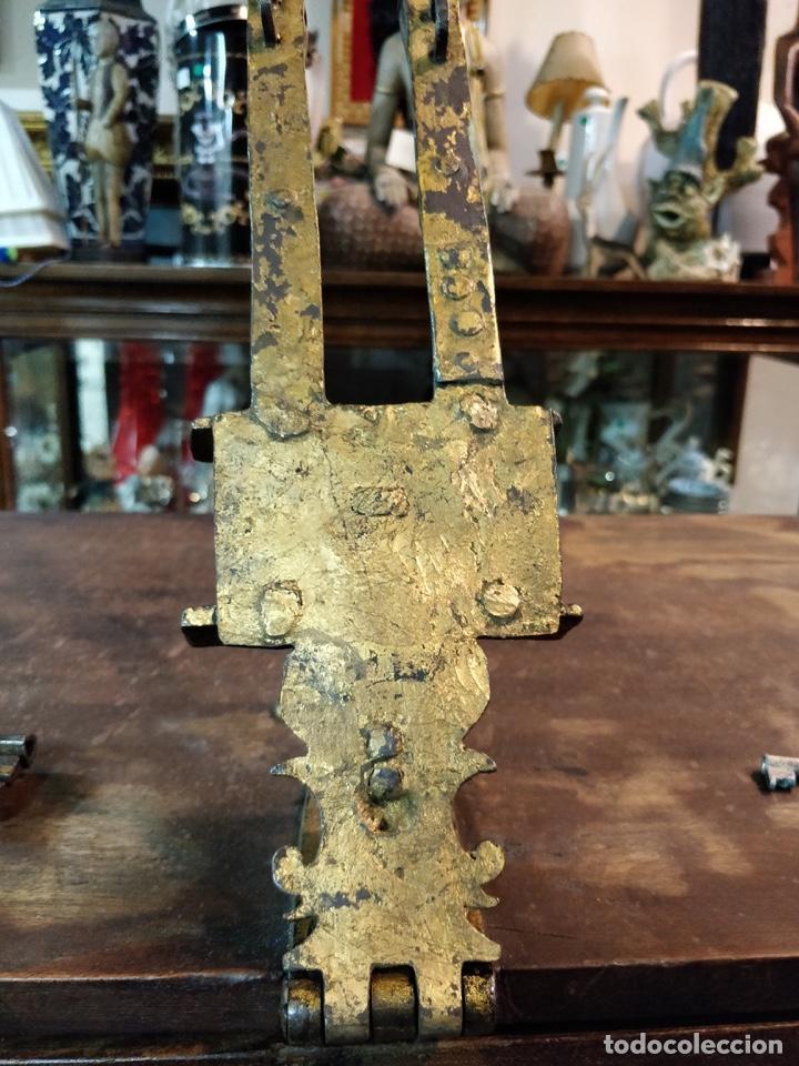 Antigüedades: Bargueño papelera Salmantino con herrería original S.XVI/XVII dos piezas. - Foto 30 - 154493005