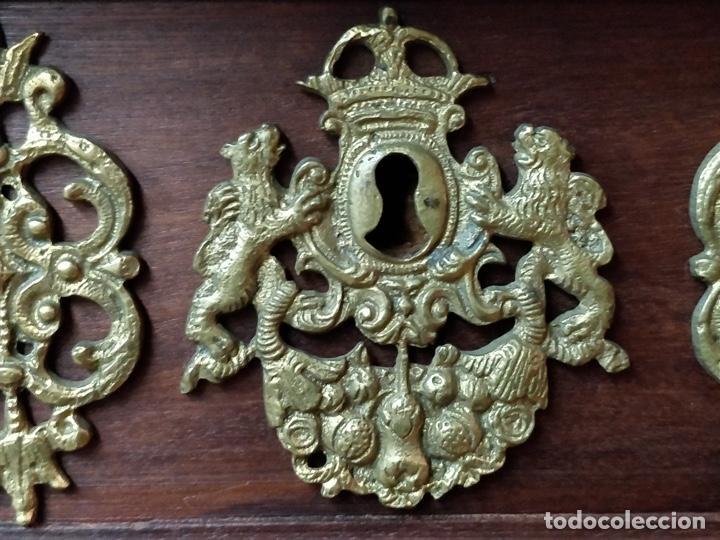 Antigüedades: Bargueño papelera Salmantino con herrería original S.XVI/XVII dos piezas. - Foto 38 - 154493005