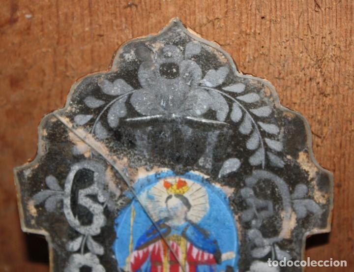 Antigüedades: BENDITERA DE OPALINA DE LA GRANJA CON VIRGEN PINTADA. SIGLO XIX. - Foto 5 - 148201462