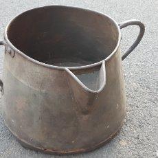 Antigüedades: ANTIGUO HERRAO TARRO ORDEÑO FORJA REMACHADO. Lote 148322713
