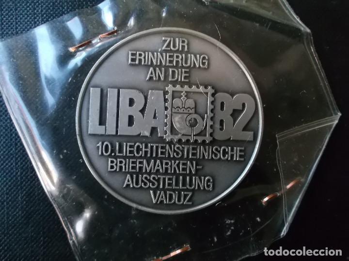 Antigüedades: medalla exposicion internacional de Liechtenstein 1982 - Foto 2 - 148401014