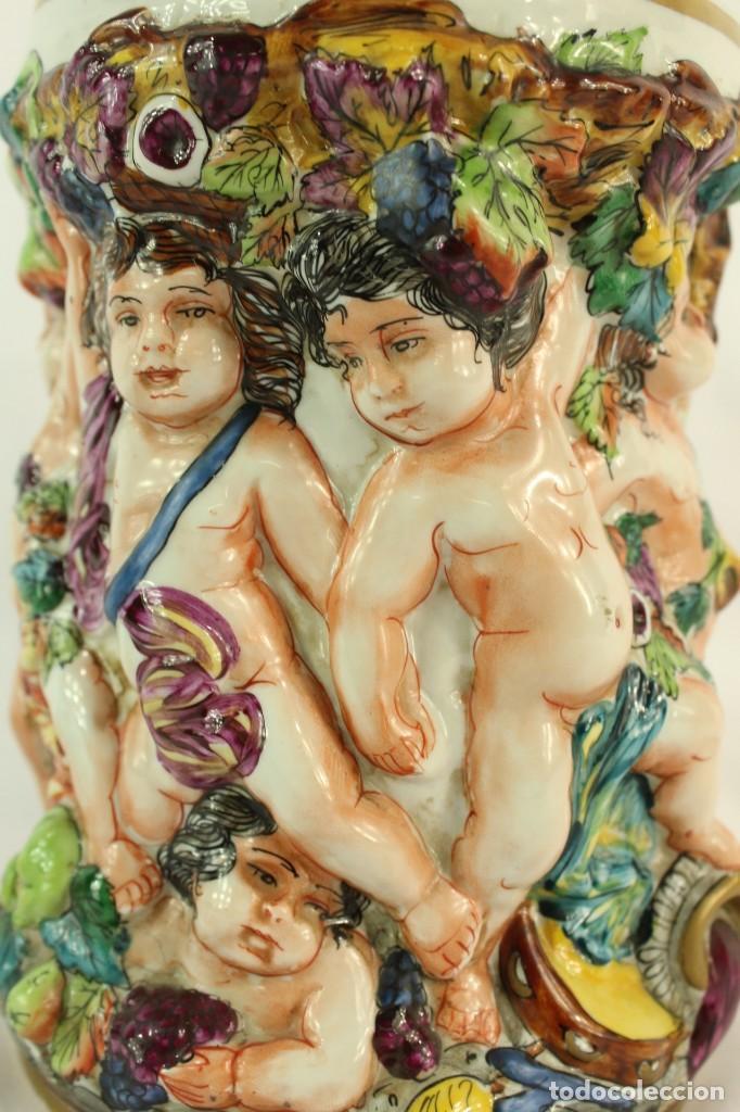 Antigüedades: Tibor Capodimonte. Escena de querubines en cuerpo,pan de oro mediados s XX - Foto 2 - 148421486