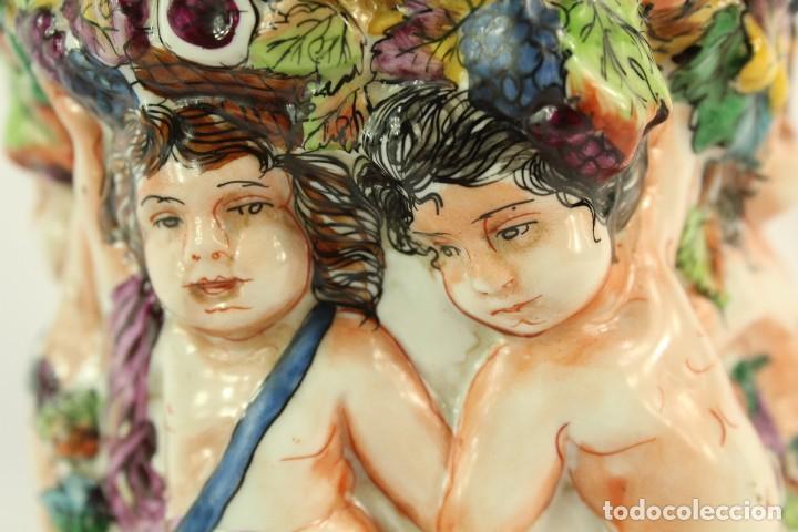 Antigüedades: Tibor Capodimonte. Escena de querubines en cuerpo,pan de oro mediados s XX - Foto 5 - 148421486