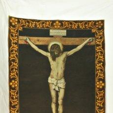 Antigüedades: OLEO SOBRE TAPIZ, L G BENAVENTE. CRISTO CRUCIFICADO VELÁZQUEZ. PPS SXX. Lote 148421838