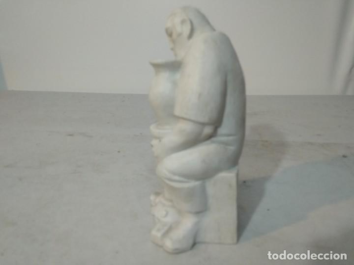 Antigüedades: Figura porcelana Algora, Hombre pintando cerámica - Foto 3 - 148490994