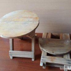 Antiquitäten - Pareja pequeños taburetes para niños- sillas plegable de madera - 148565362