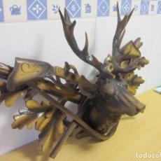 Antigüedades: ANTIGUO TROFEO DE CAZA / MADERA MACIZA/ TALLADA A MANO/ ORIGINAL AÑOS 40.. Lote 148568690