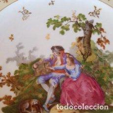 Antigüedades: PLATO PORCELANA LIMOGES DIBUJO FIRMADO WATLEAU. Lote 148649678