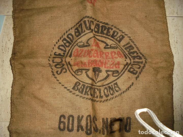 Antigüedades: ANTIGUO SACO DE AZUCAR.AZUCARERA DE LA BAÑEZA.SOCIEDAD AZUCARERA IBERICA.BARCELONA SACO DE 60 KG - Foto 2 - 175546623