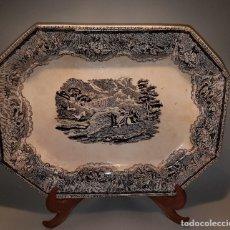 Antigüedades: CONSERVADA Y ANTIGUA FUENTE DE CARTAGENA LA AMISTAD SG.XIX. ESCENA CAZA. Lote 171790297