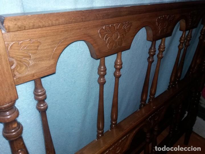 Antigüedades: Cabecero y piecero madera castellano - Foto 2 - 148666494