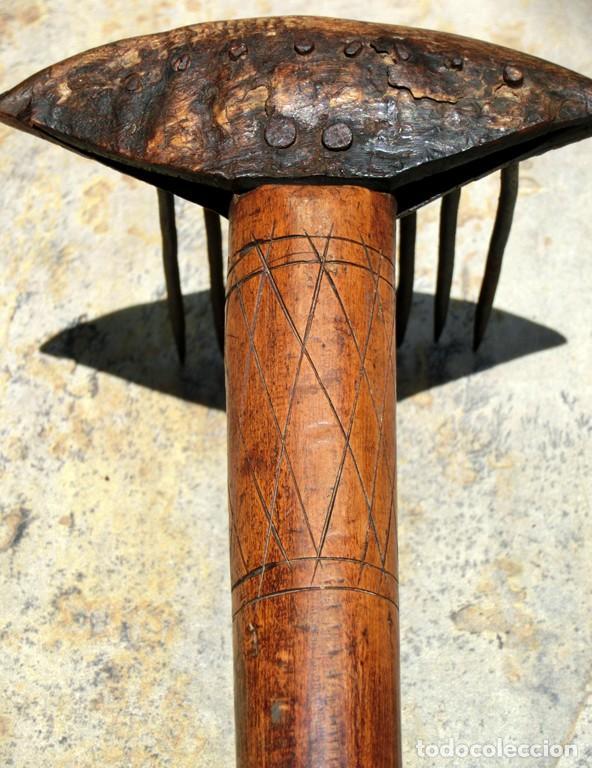Antigüedades: ANTIGUO Y BONITO CARDADOR DE LANA - ARTE POPULAR - MADERA TALLADA - HIERRO Y ASTA - PIEZA COLECCIÓN - Foto 9 - 148680594