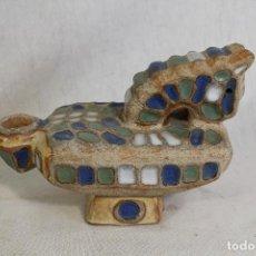 Antigüedades: LAMPARA CANDIL CABALLO EN CERAMICA. Lote 148731018