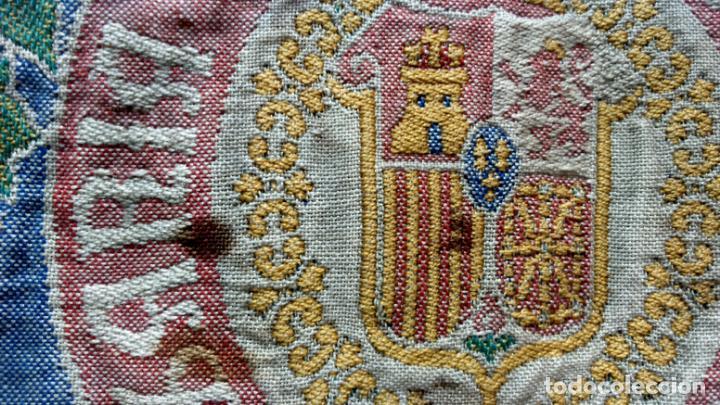 Antigüedades: TELA PROFUSAMENTE BORDADA CON LEMA COMISARÍA ALGODONERA DEL ESTADO. AÑOS 20 O 30. - Foto 5 - 148767214