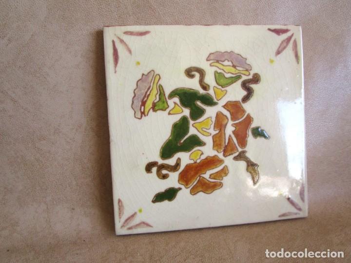 Antigüedades: baldosa firmada por m coll b 15 cm x 15 cm - Foto 2 - 148777990