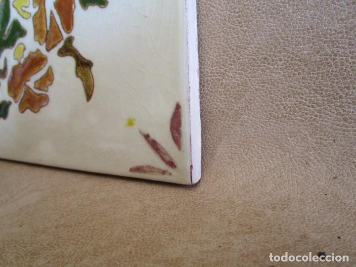 Antigüedades: baldosa firmada por m coll b 15 cm x 15 cm - Foto 7 - 148777990