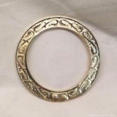 Antigüedades: CORONA PARA VIRGEN O SANTO DE BRONCE MACIZO. MED. 8 CM DIAMETRO. Lote 177141134