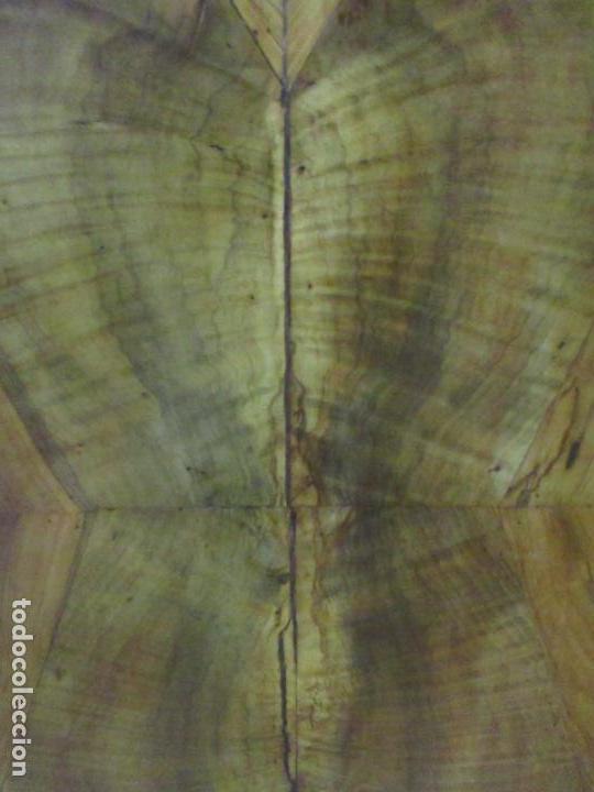 Antigüedades: Cómoda Carlos IV - Madera Nogal, Caoba, Olivo y Marquetería - Finales S. XVIII - en Perfecto Estado - Foto 37 - 148911142