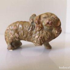Antigüedades: MUY ANTIGUO PALILLERO DE PERRO CON LAZO - SARGADELOS. Lote 148913274