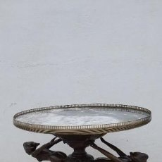 Antigüedades: ANTIGÜA MESA DE BRONCE Y MARMOL. Lote 148977634