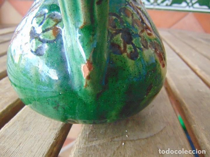 Antigüedades: PEQUEÑO CANTARO JARRA EN CERAMICA VIDRIADA EN VERDE CON DECORACION DE FLORES TITO UBEDA - Foto 7 - 149038450