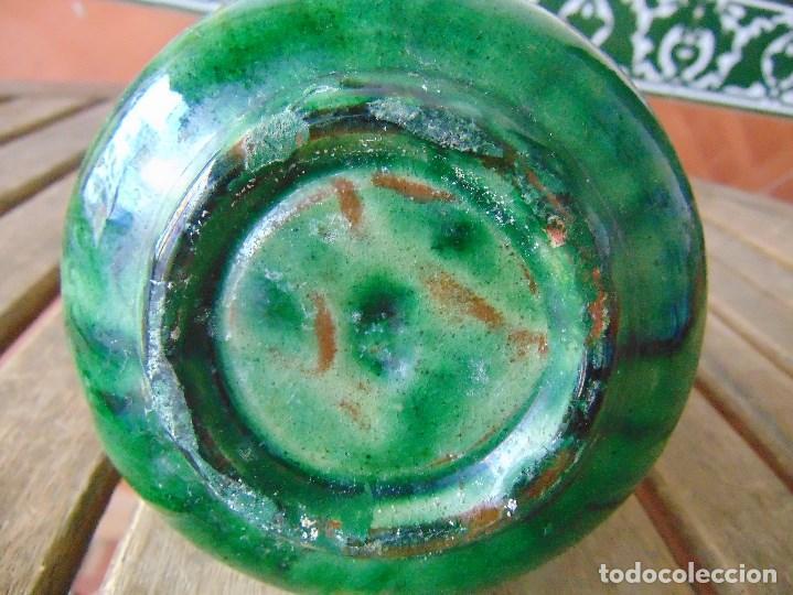 Antigüedades: PEQUEÑO CANTARO JARRA EN CERAMICA VIDRIADA EN VERDE CON DECORACION DE FLORES TITO UBEDA - Foto 9 - 149038450