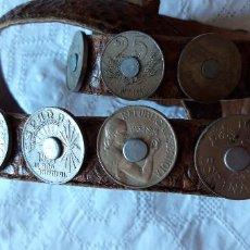 Antigüedades: CINTURÓN DE SERPIENTE CON MONEDAS ANTIGUAS. Lote 149119726