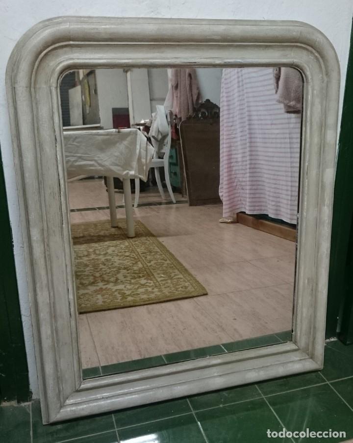 Antigüedades: Antiguo espejo isabelino de madera de caoba rubia, lacado en negro. Siglo XIX. Leer. 95x79 cm - Foto 4 - 126031775