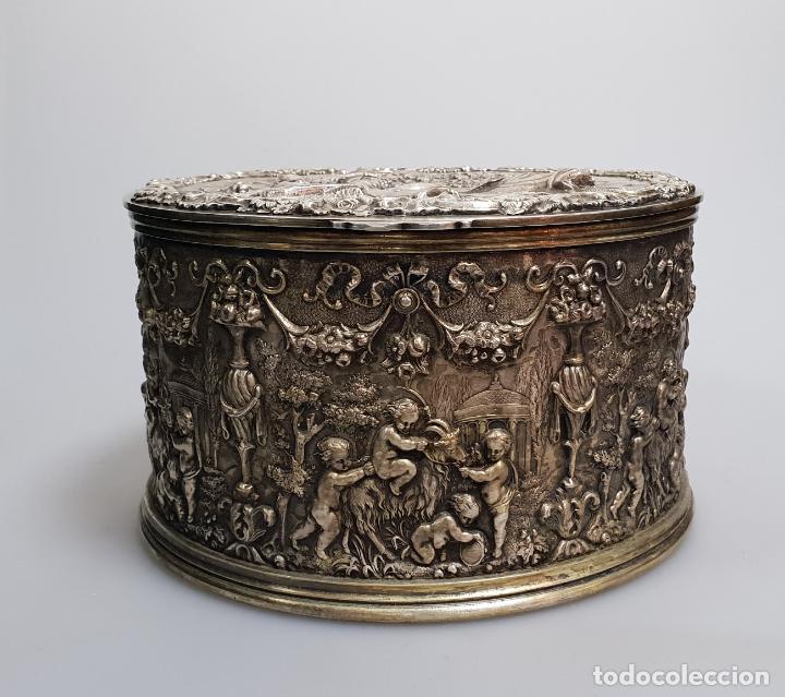 GRAN CAJA BANADO EN PLATA SIGLO XIX (Antigüedades - Platería - Bañado en Plata Antiguo)