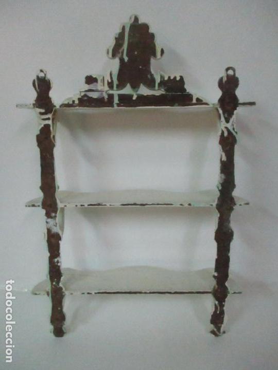 Antigüedades: Pareja de Repisas - Estanterías Alfonsinas - Madera Torneada y Pintada - Finales S. XIX - Foto 15 - 149220678