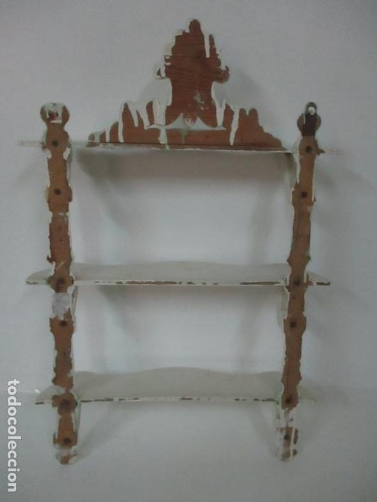 Antigüedades: Pareja de Repisas - Estanterías Alfonsinas - Madera Torneada y Pintada - Finales S. XIX - Foto 16 - 149220678