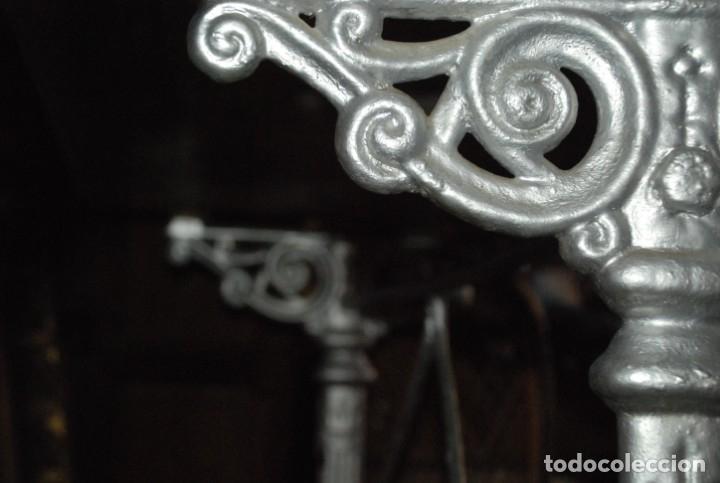 Antigüedades: MUY BONITA MESA DE HIERRO Y MÁRMOL SIGLO XIX - Foto 8 - 149223854
