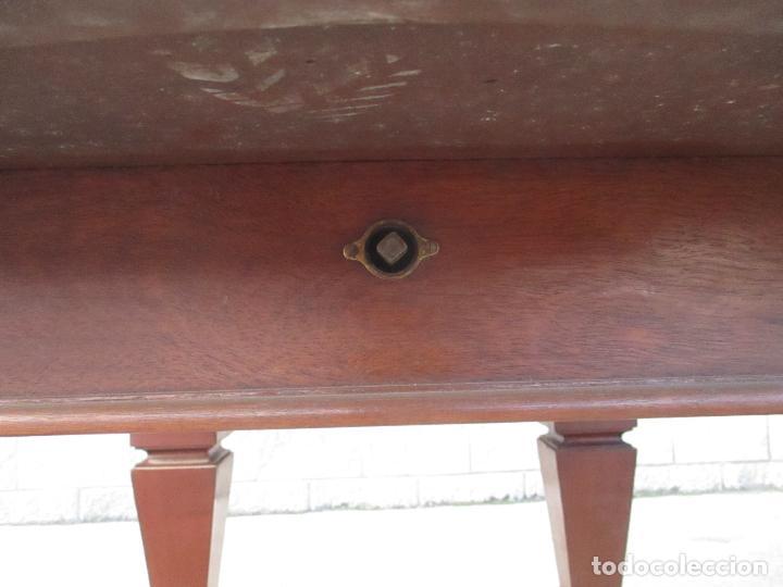 Antigüedades: Mesa de Comedor, Extensible - Madera de Caoba - 105 cm Largo, 100 cm Ancho - Foto 5 - 149304226