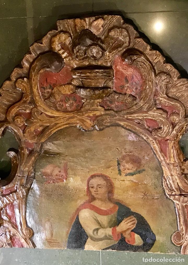 Antigüedades: Cabezal, cabecero de cama tallado en madera, policromado y dorado. Inmaculada Concepción. Siglo XVII - Foto 13 - 149315373